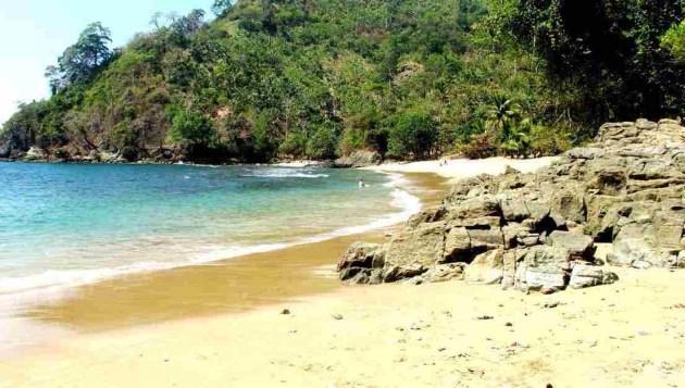 Pantai Bolu Bolu malang