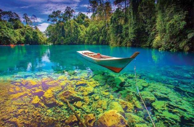 Danau Labuan Cermin, Tempat wisata di Biduk Biduk Kalimantan