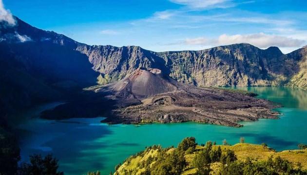 Gunung Rinjani, Tempat wisata di Lombok