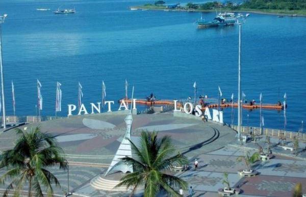 Pantai Losari, Obyek Wisata di Makassar