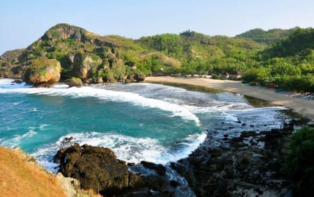 Pantai Siung, Wisata alam di Gunungkidul