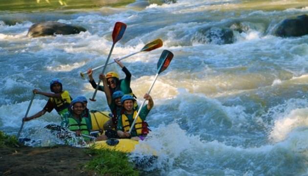 Rafting Di Sungai Ello magelang