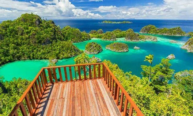 Raja Ampat, Wisata alam Indonesia di Papua
