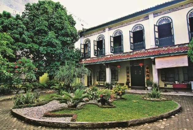 Rumah Tjong A Fue, Tempat wisata di Medan