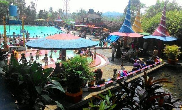 Kolam Renang Siwarak Semarang